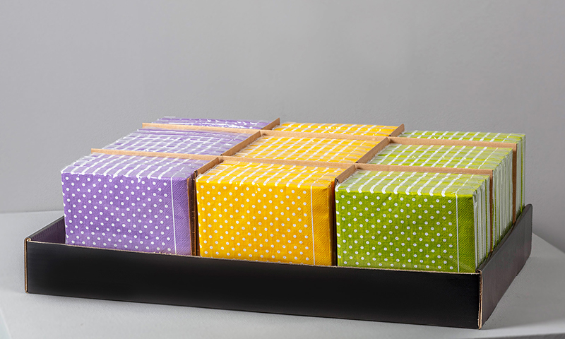 Display stackable lunch napkins with bars